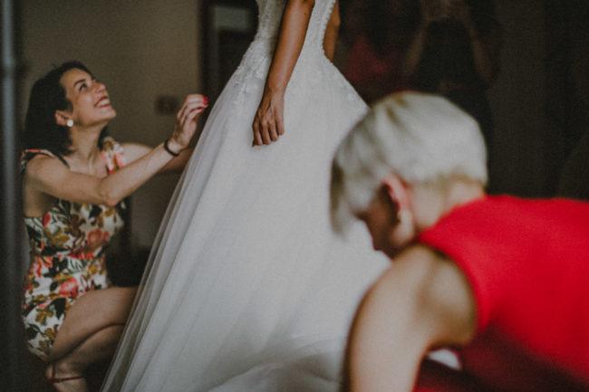 fotografo-matrimonio-giacinto-sirbo-amore-preparativi-sposa